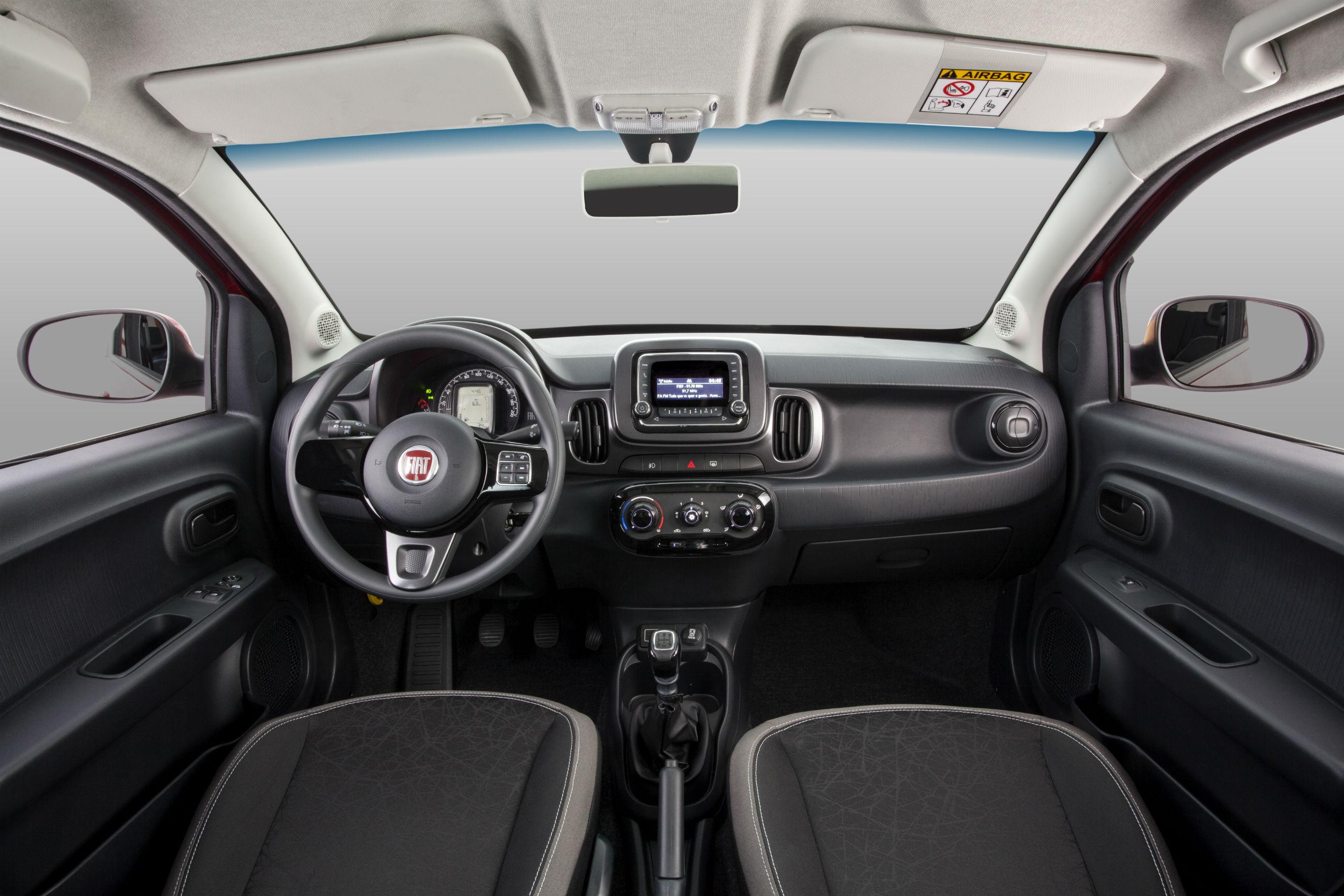 Fiat Mobi Likeon Estudio 013