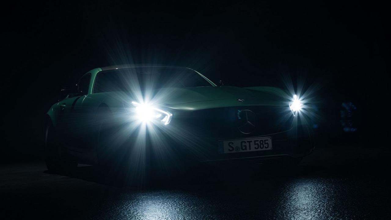 Mercedes Amg Gt R Teaser Image