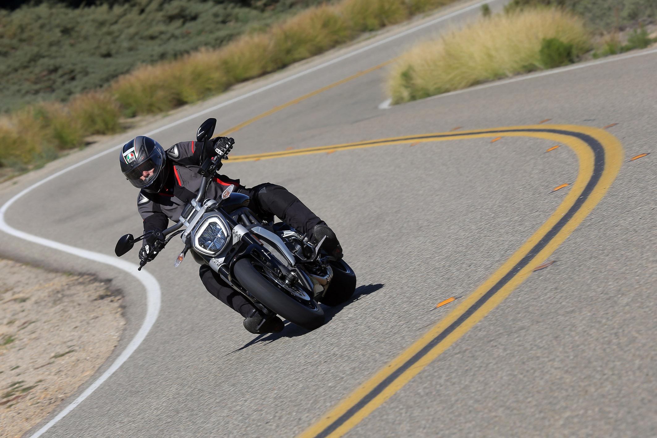 Ducati Xdiavel 2