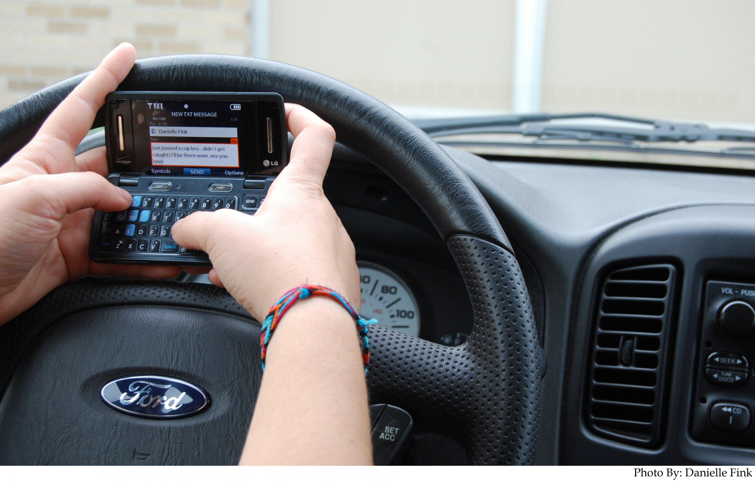 EUA quer inibir uso do celular ao volante