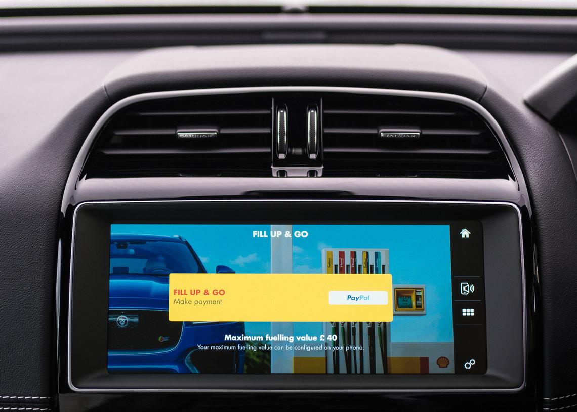 App permite pagar combustível na central do carro