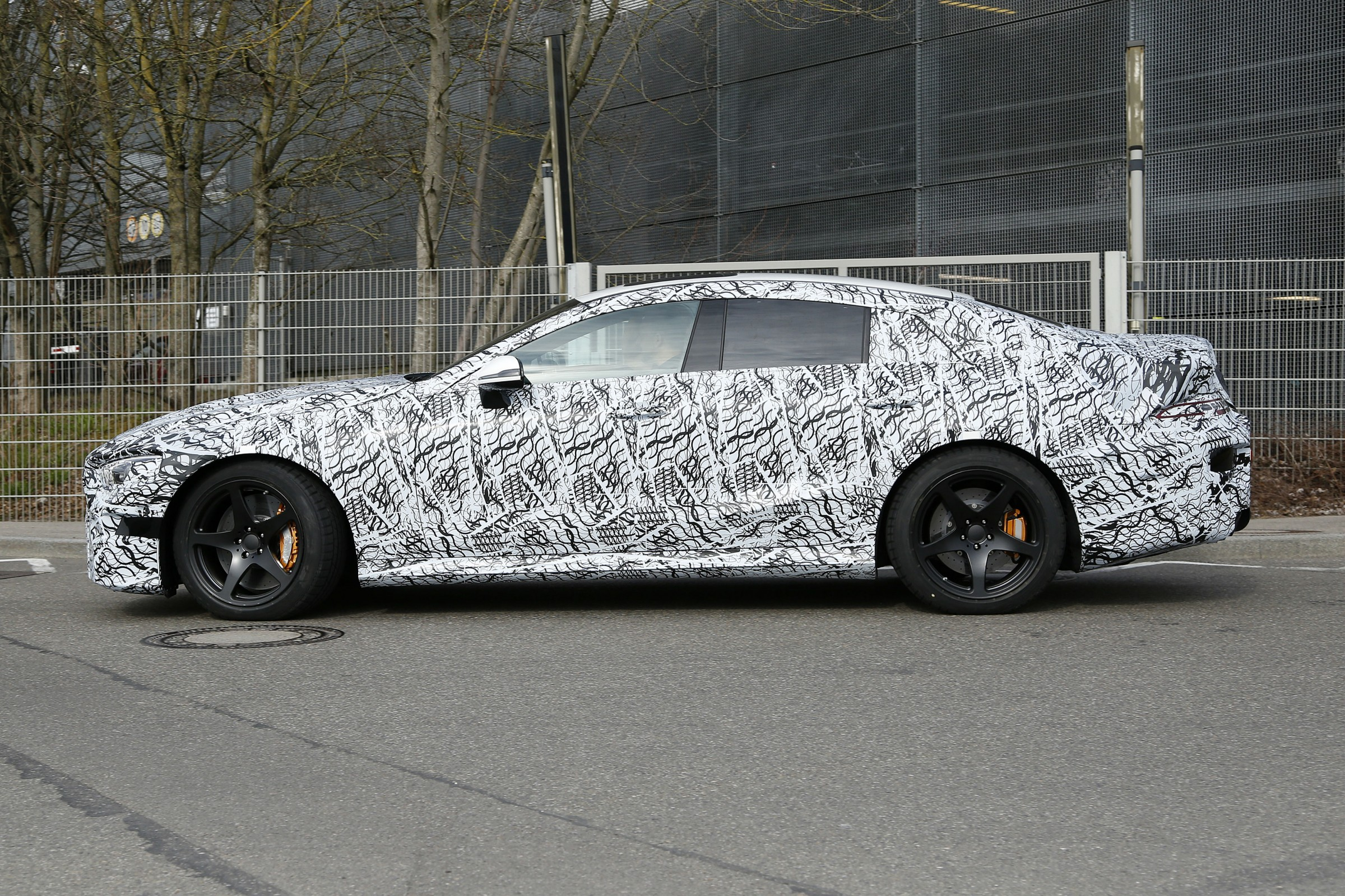 Mercedes-Benz AMG GT 4 portas