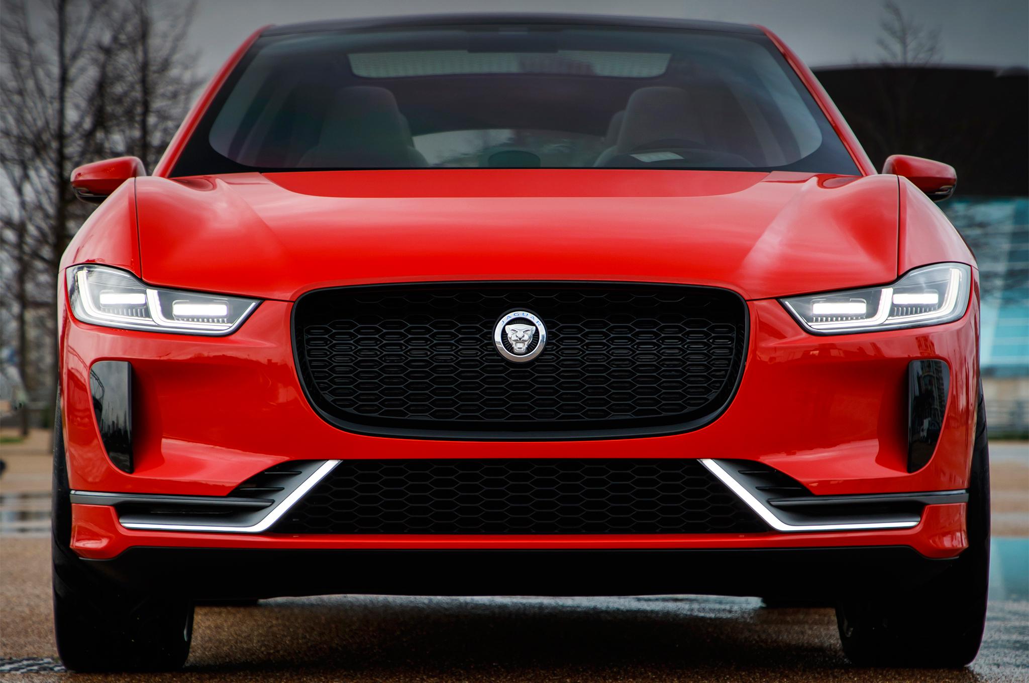 jaguar-i-pace-concept-front-end-173