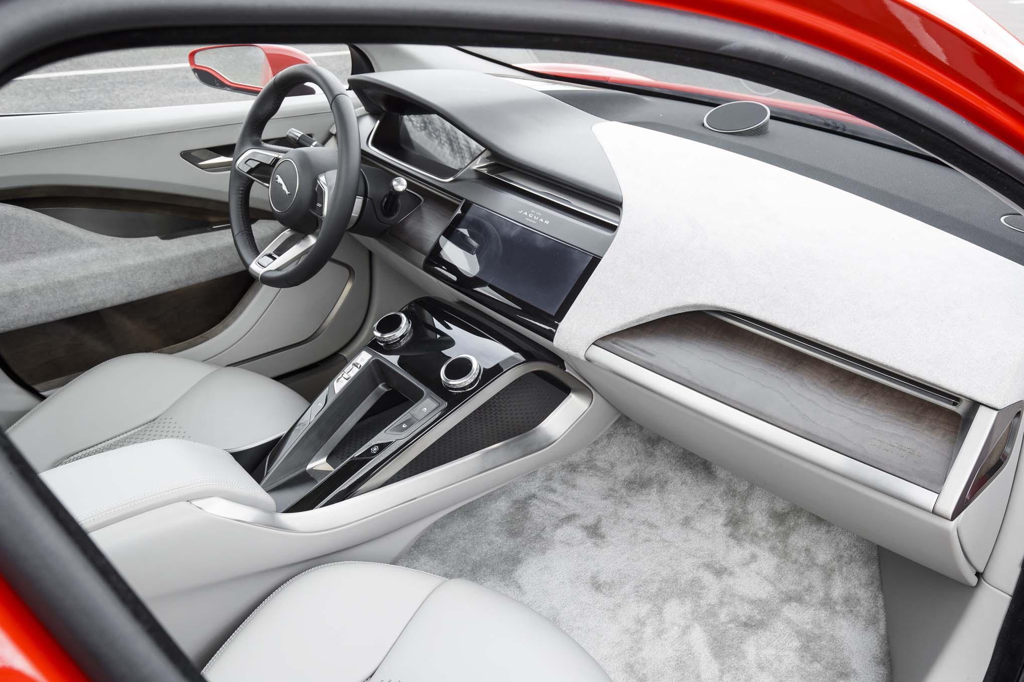 jaguar-i-pace-concept-front-interior-173