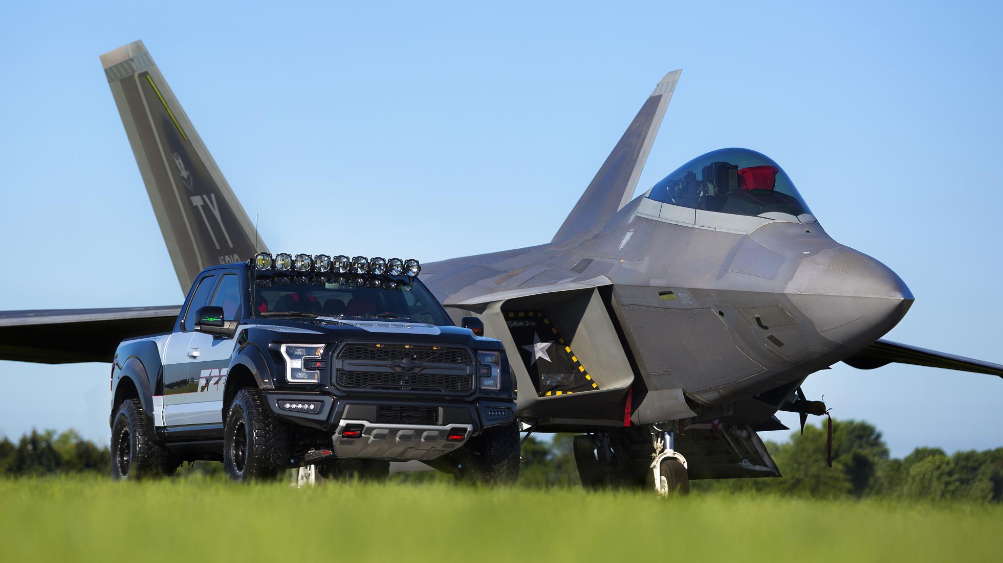 Ford F-150 Raptor F22 Raptor 4