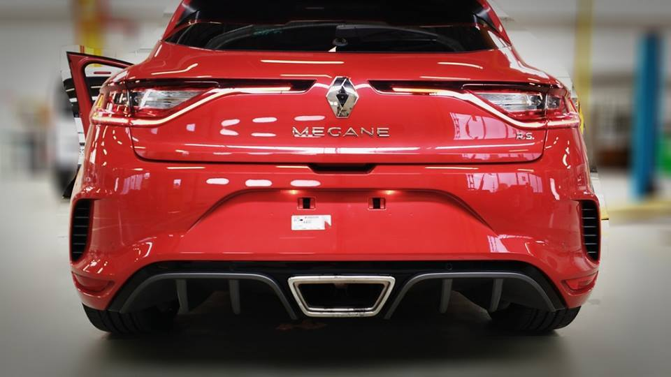 Renault Megane R.S. 2018 facebook virtuel-car