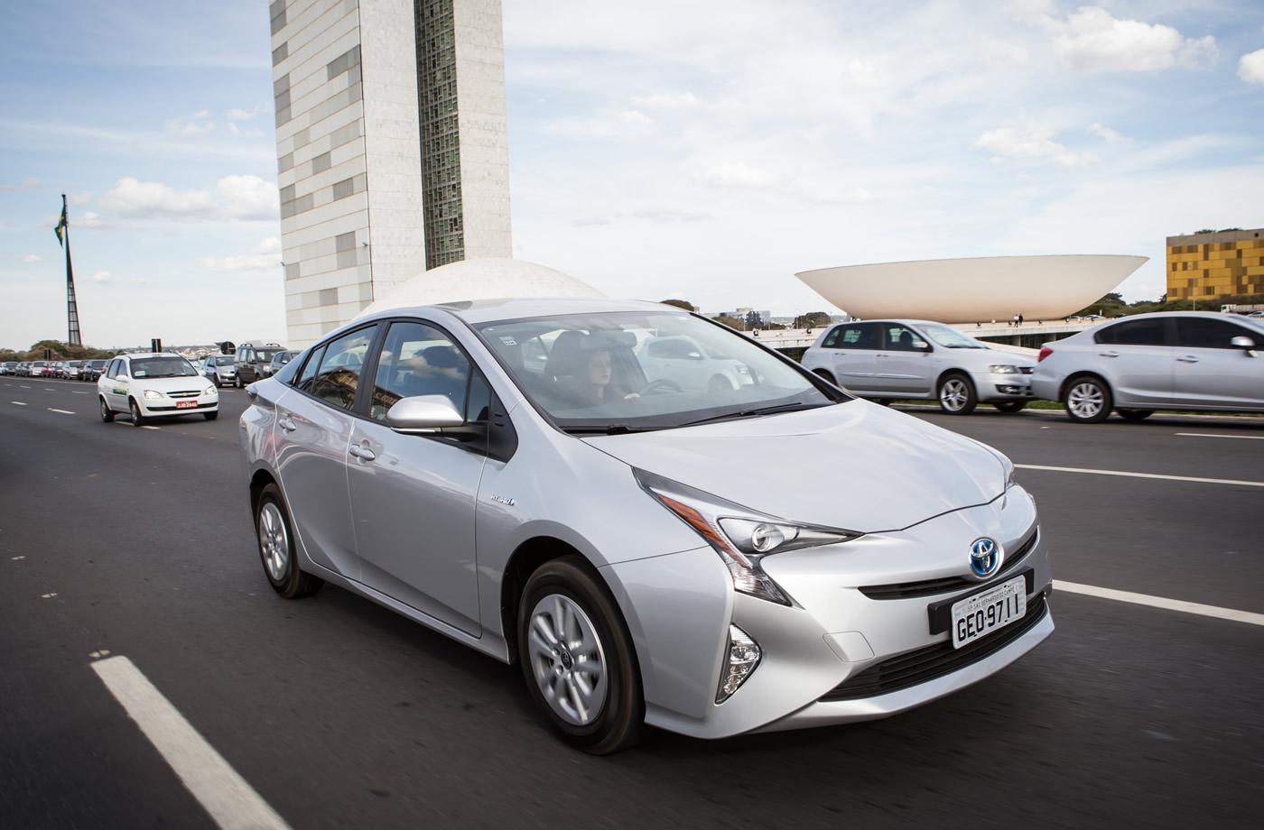Toyota Prius 1.8 CVT