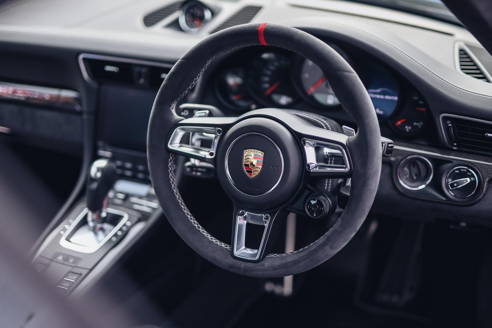 porsche 911 british legends