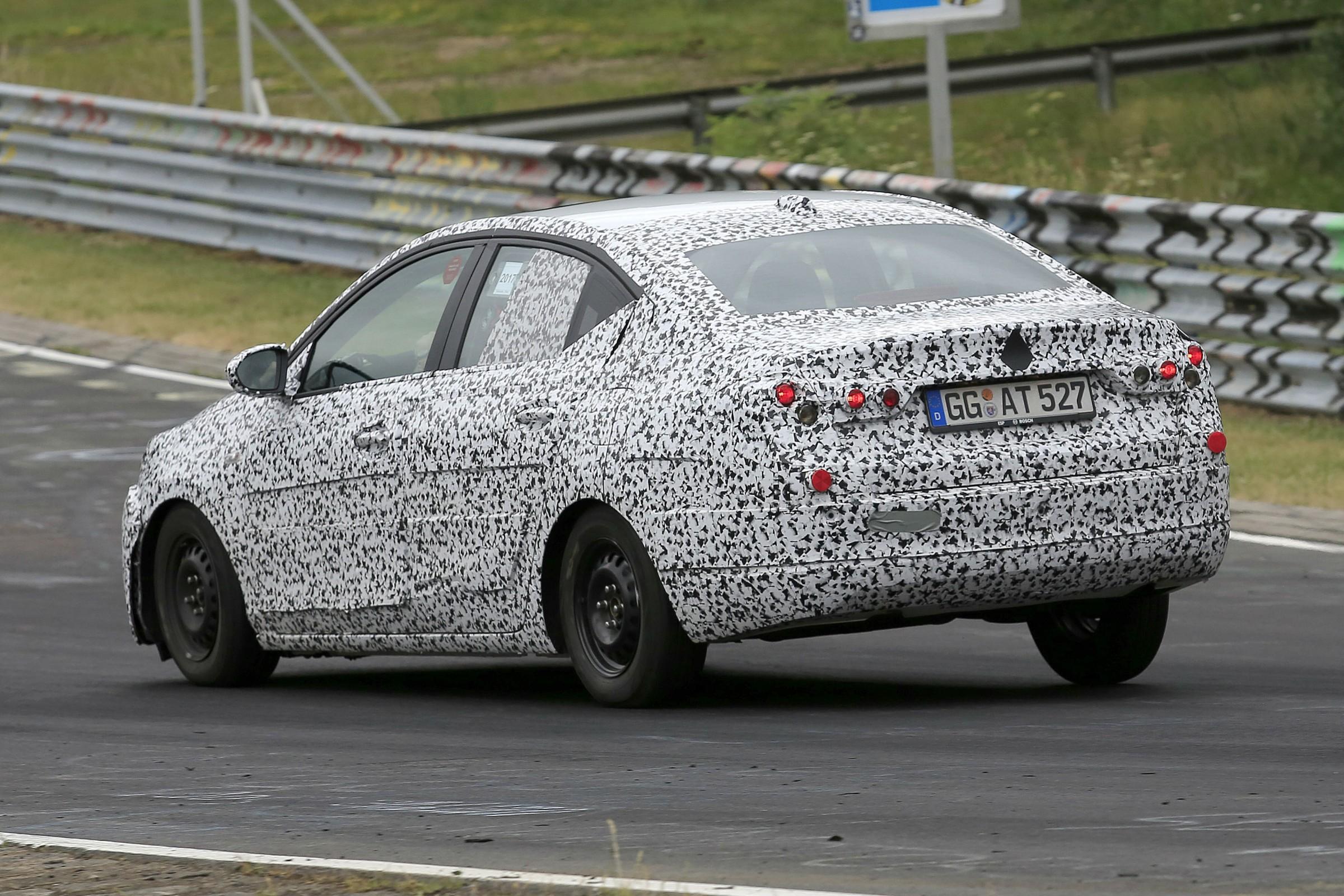 Opel Corsa Sedan