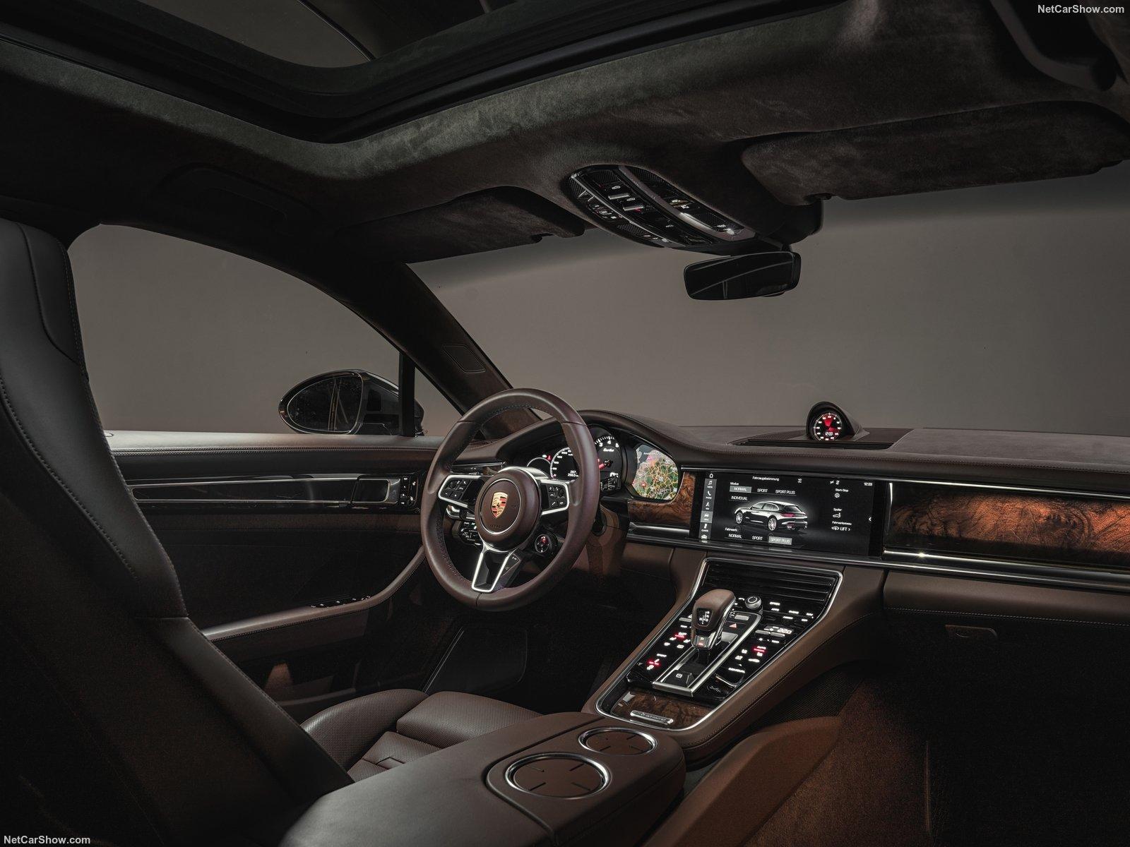 Porsche Panamera Sport Tursimo
