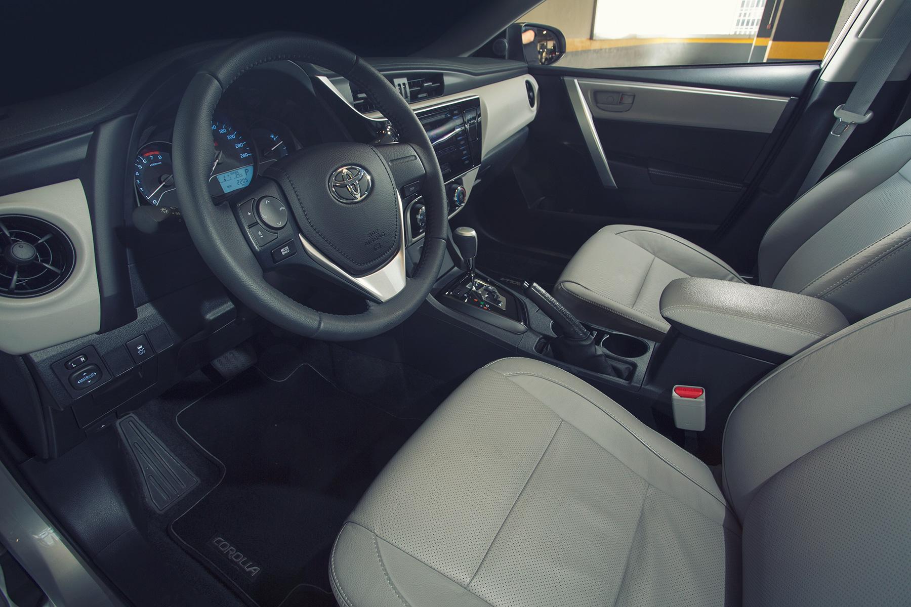 Comparativo Honda Civic Toyota Corolla