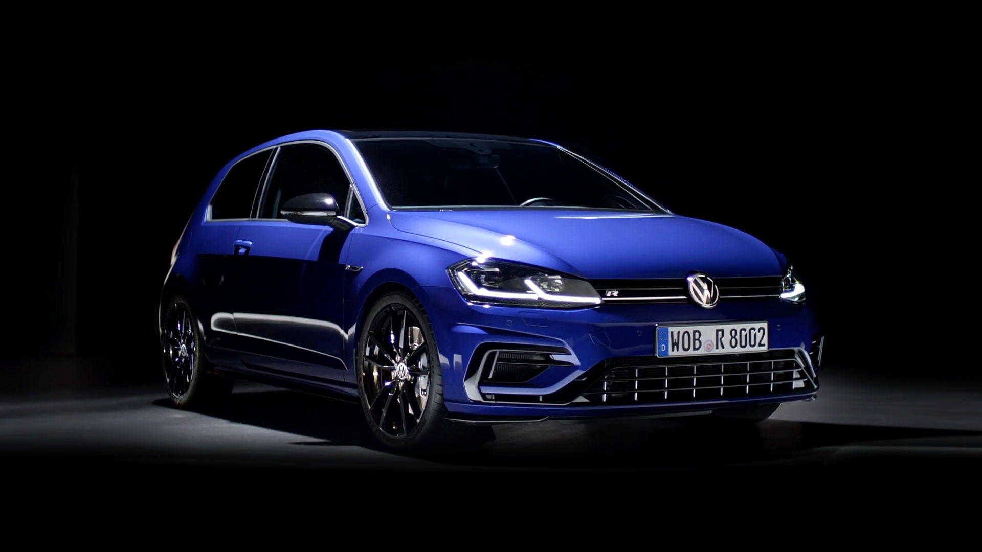 vw-golf-r-with-performance-package_2