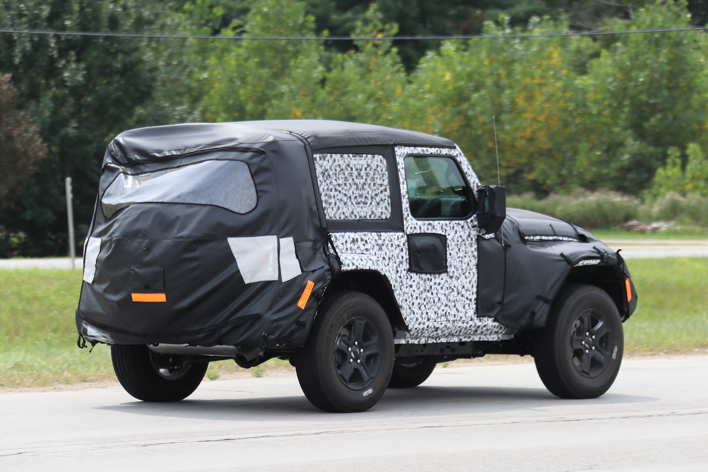 jeep wrangler 2 portas softop 2018 automedia 9