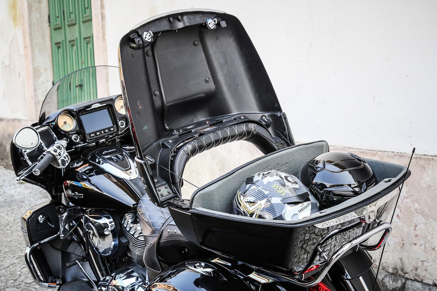 Indian Roadmaster Ridecommand