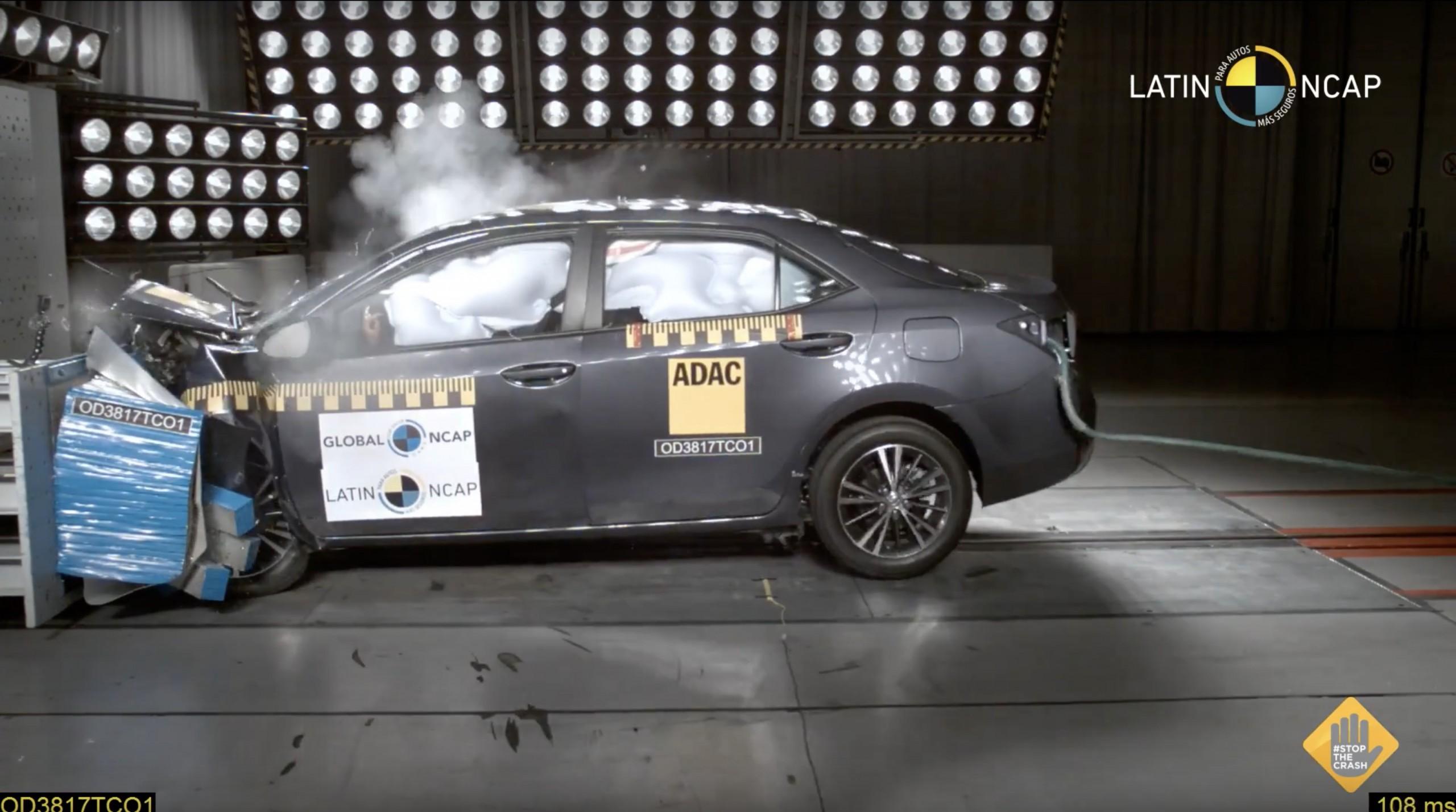 Latin NCAP crash test teste impacto Toyota Corolla 26 set 2018