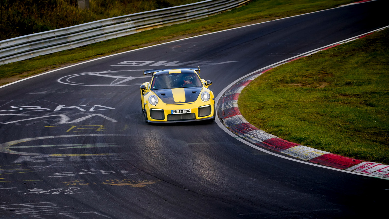 2018 porsche 911 gt2 rs nurburgring record