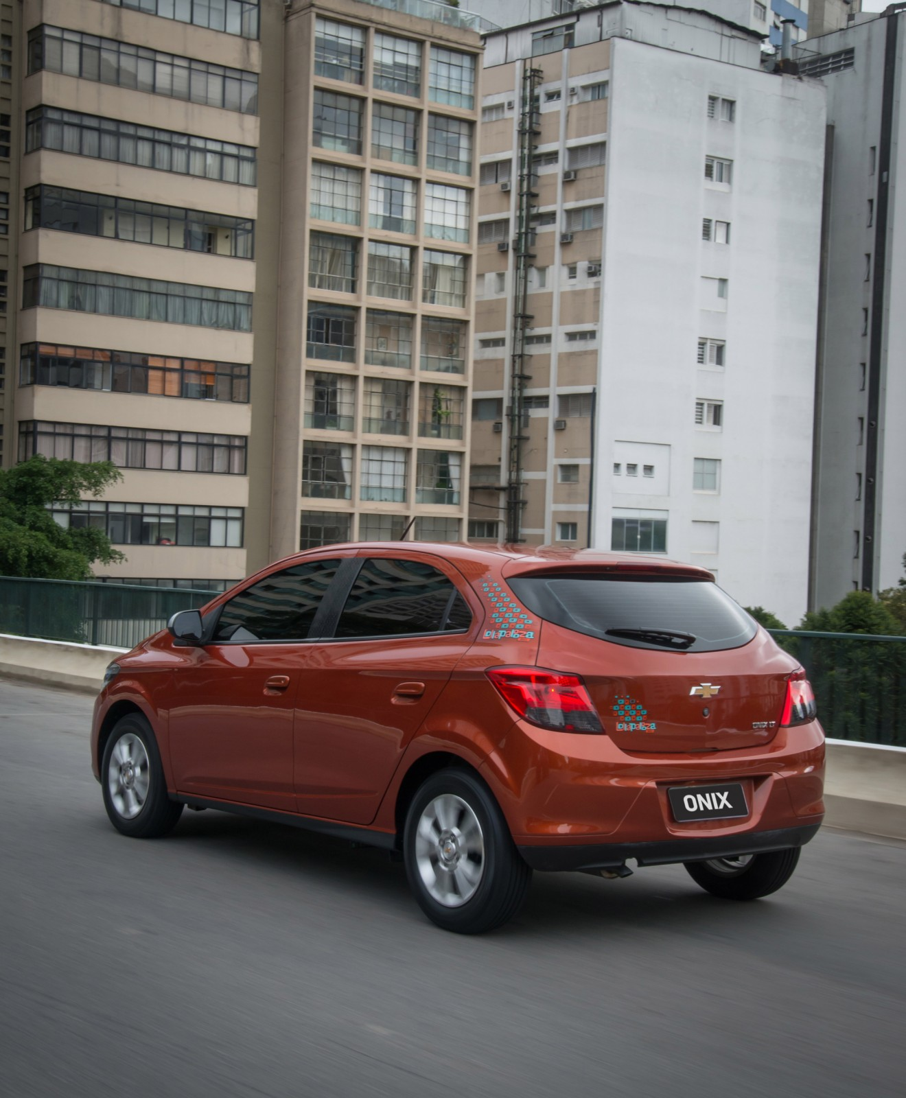 Chevrolet Onix é o carro brasileiro mais vendido no exterior