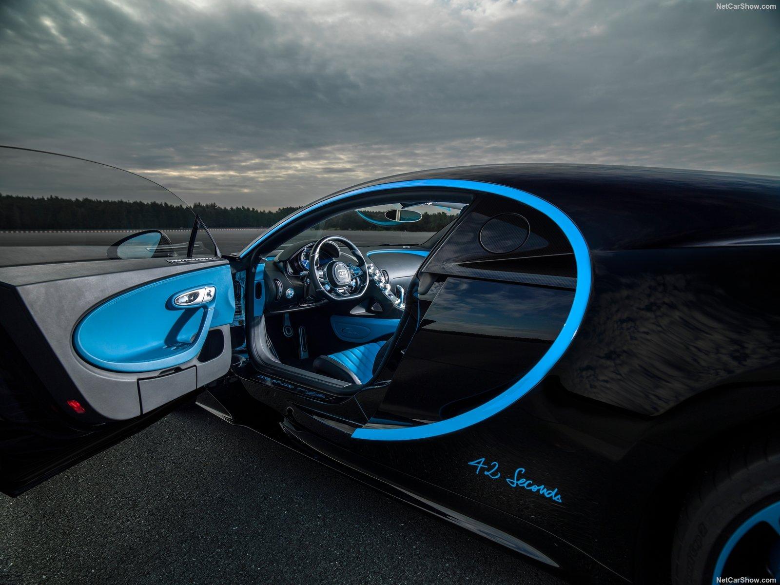 Interior do Bugatti Chiron