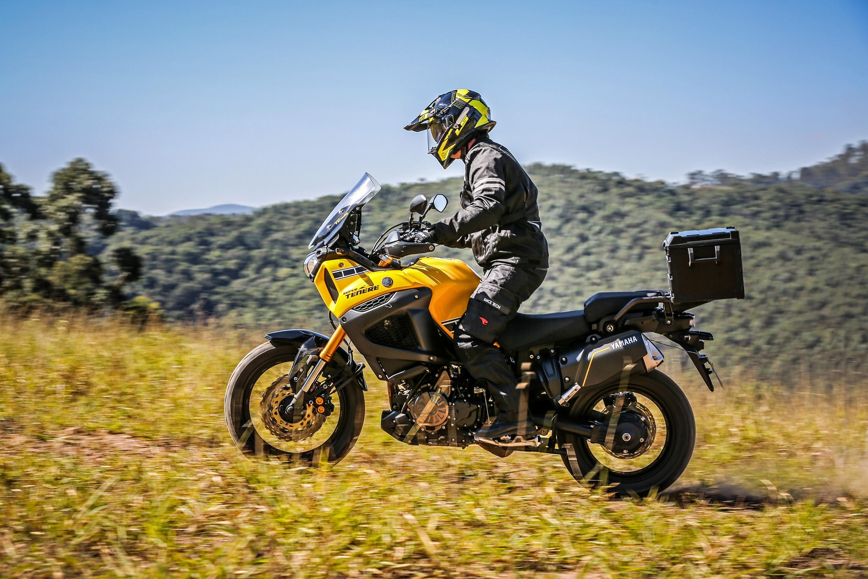 Banco da Yamaha Super Ténéré pode ser regulado para ficar a 845 mm do solo