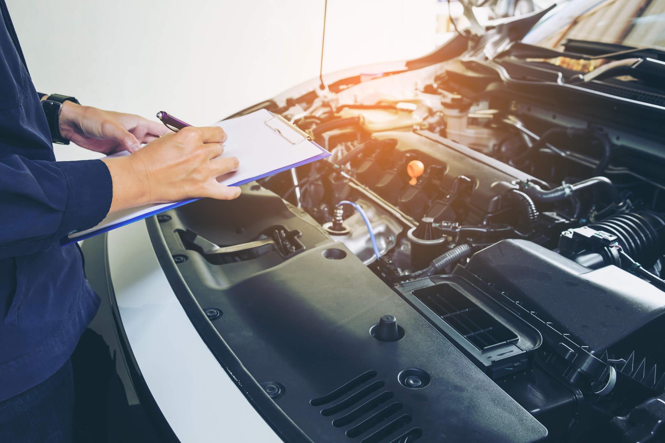 """Tem outro detalhe: se você for """"converter"""" seu carro, ele precisa obrigatoriamente passar por vistoria do Inmetro"""