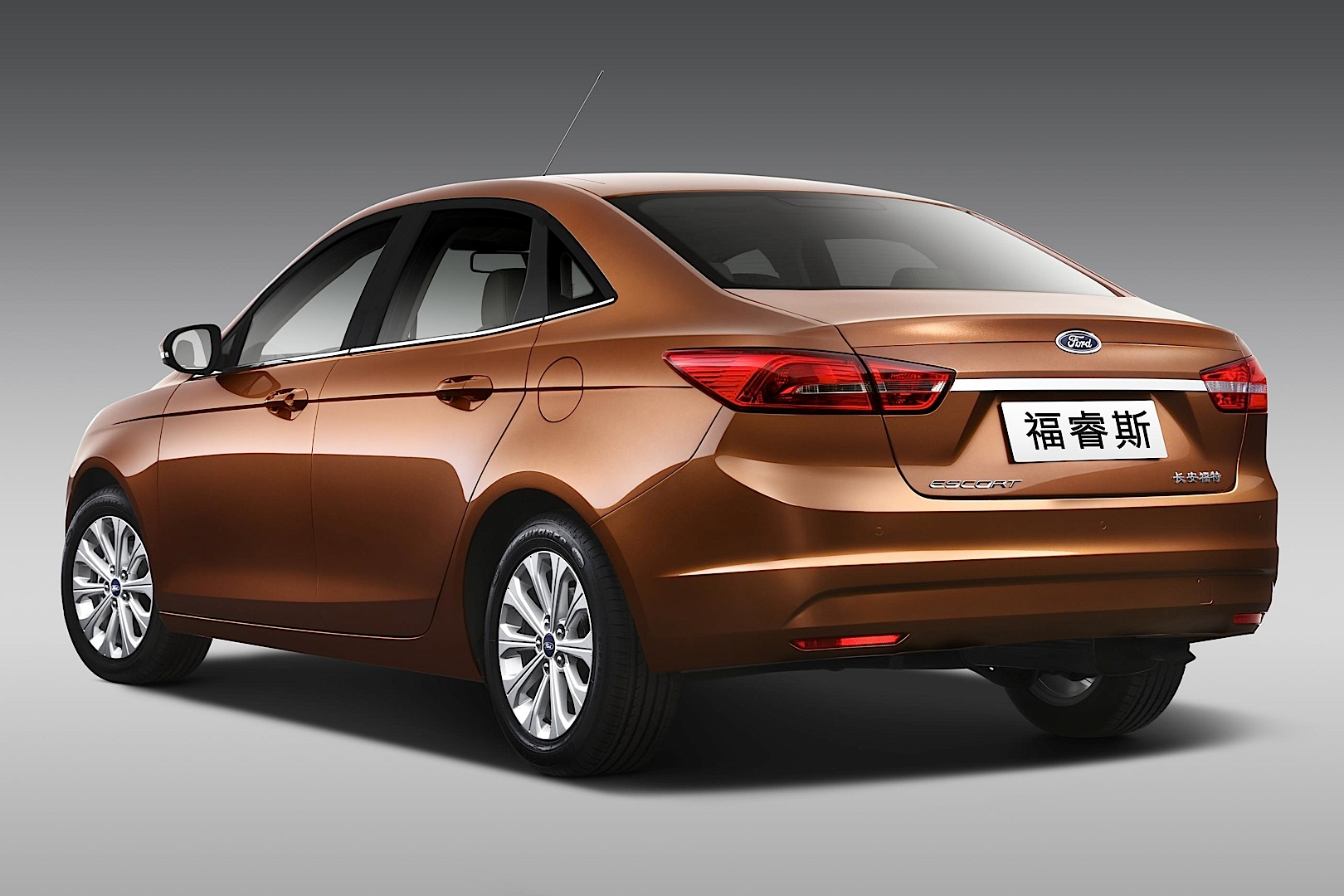 Ford Unveils All New Escort And Everest Concept At 2014 Beijing Auto Show Live Photos 3