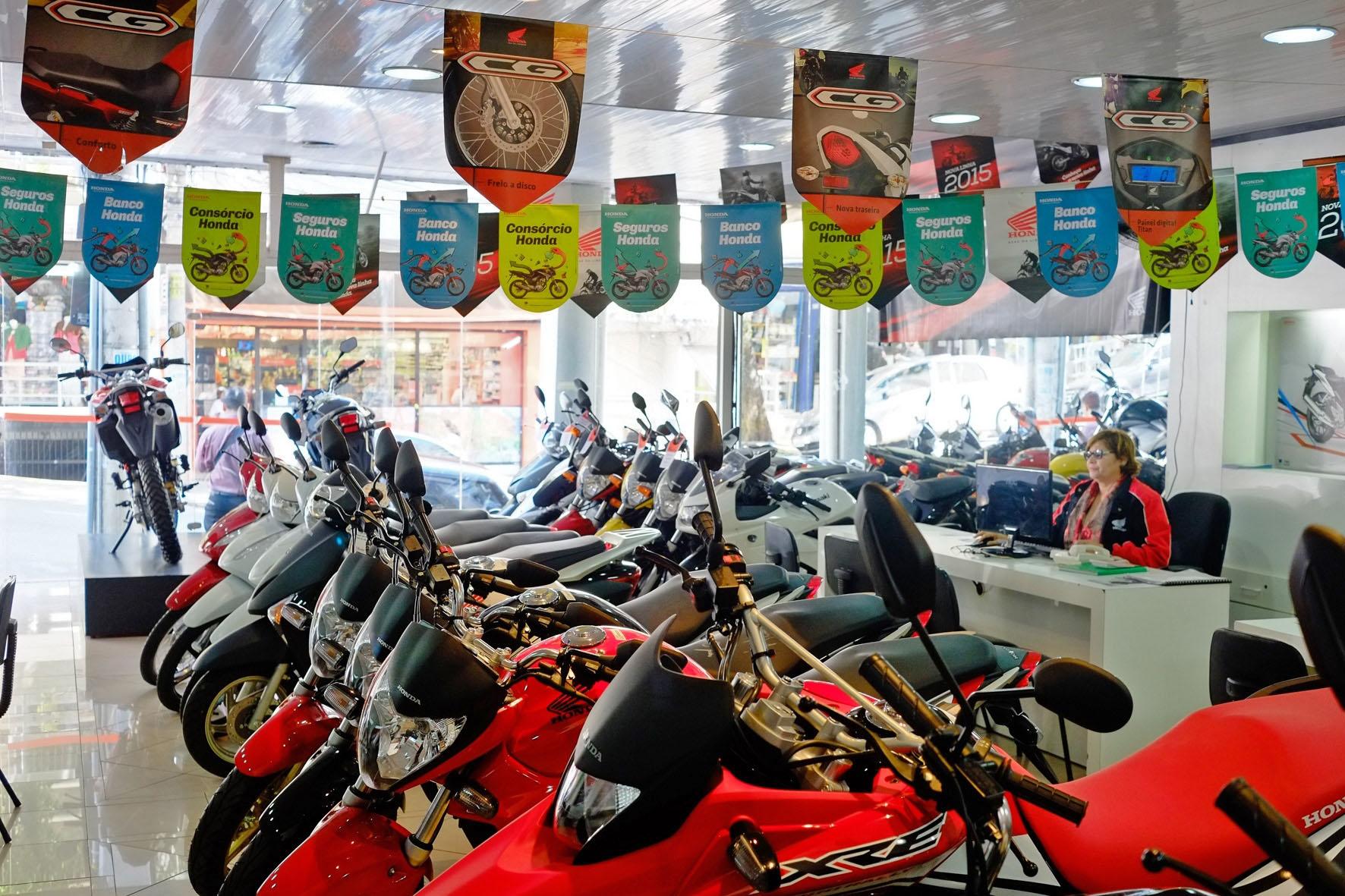 Greve afeta mercado de motos