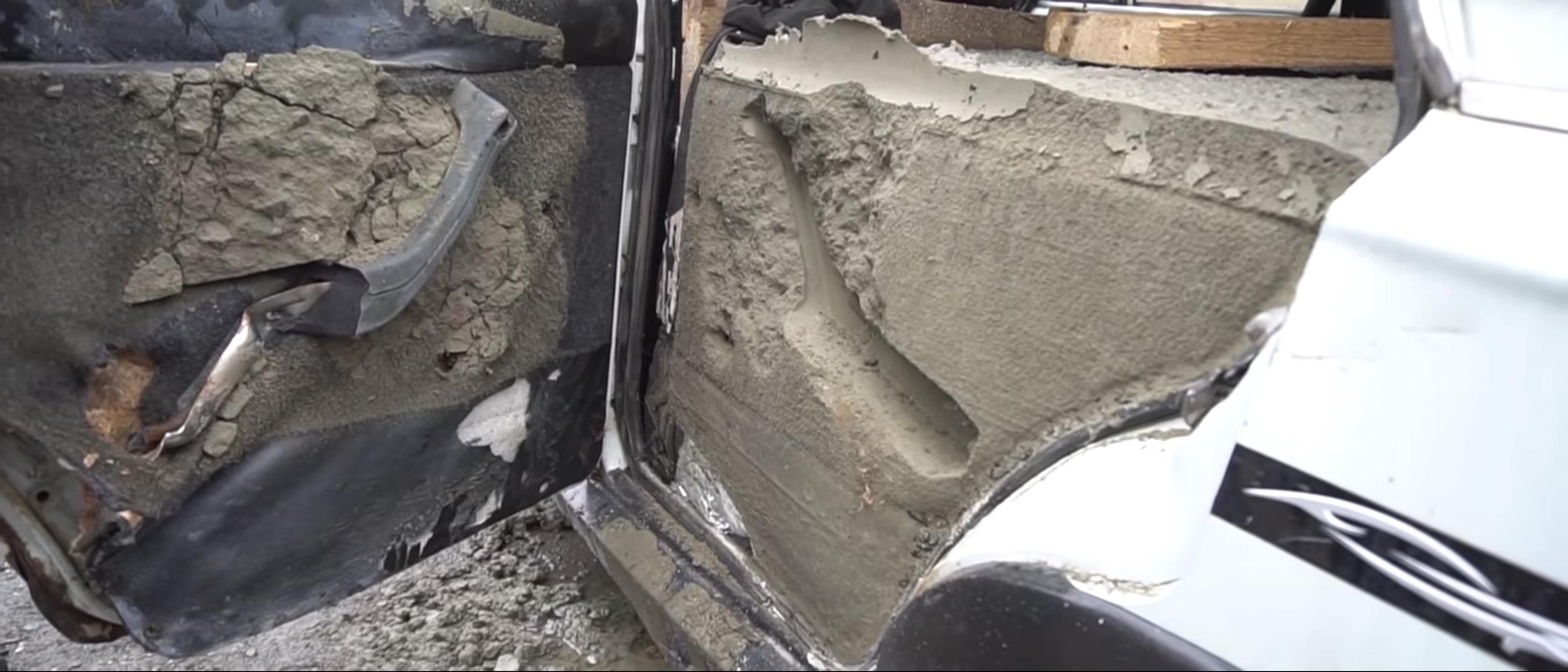 Lada Laika é preenchido com concreto 45 Garage