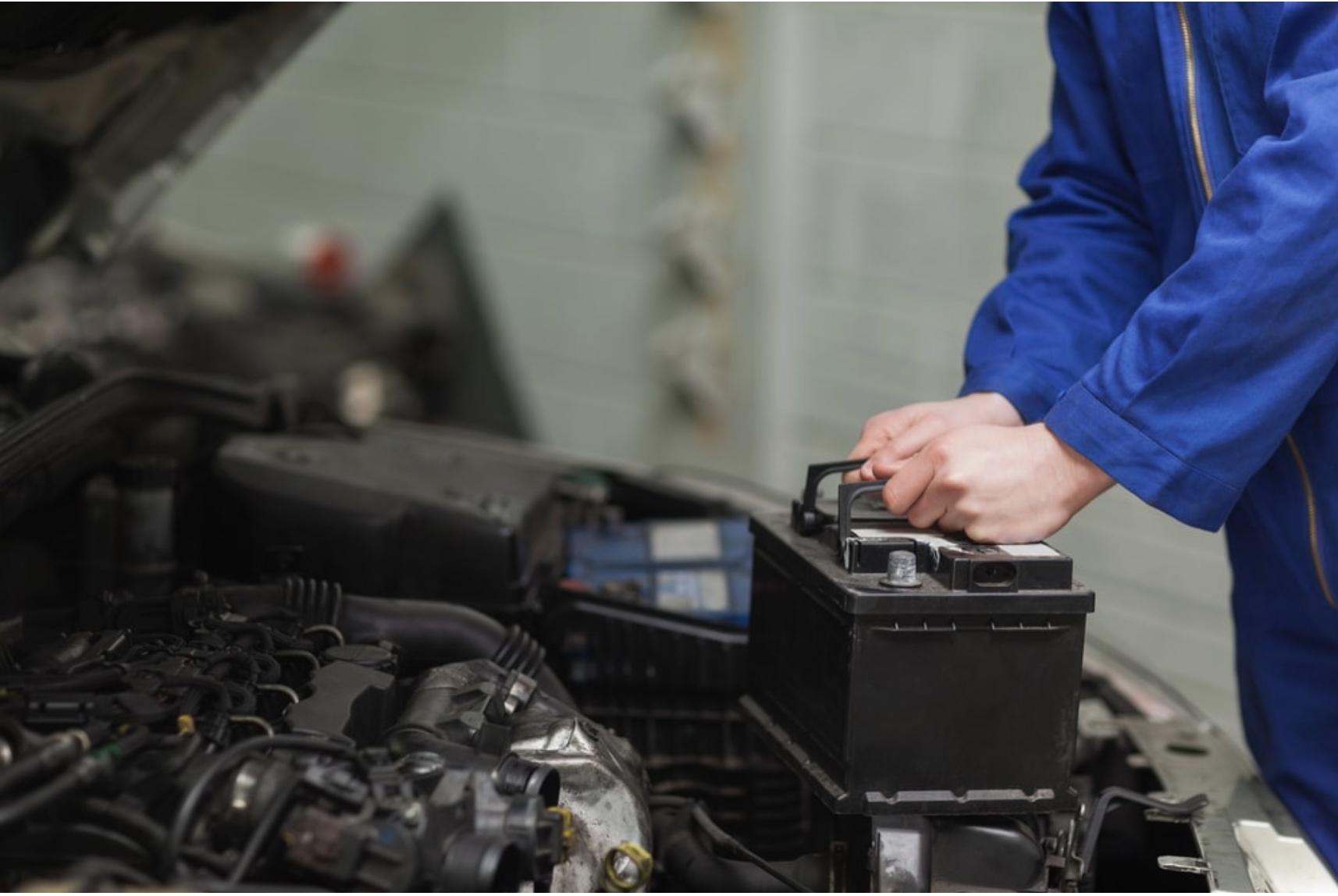 Manutenção preventiva e bons hábitos ajudam a bateria do carro a durar mais