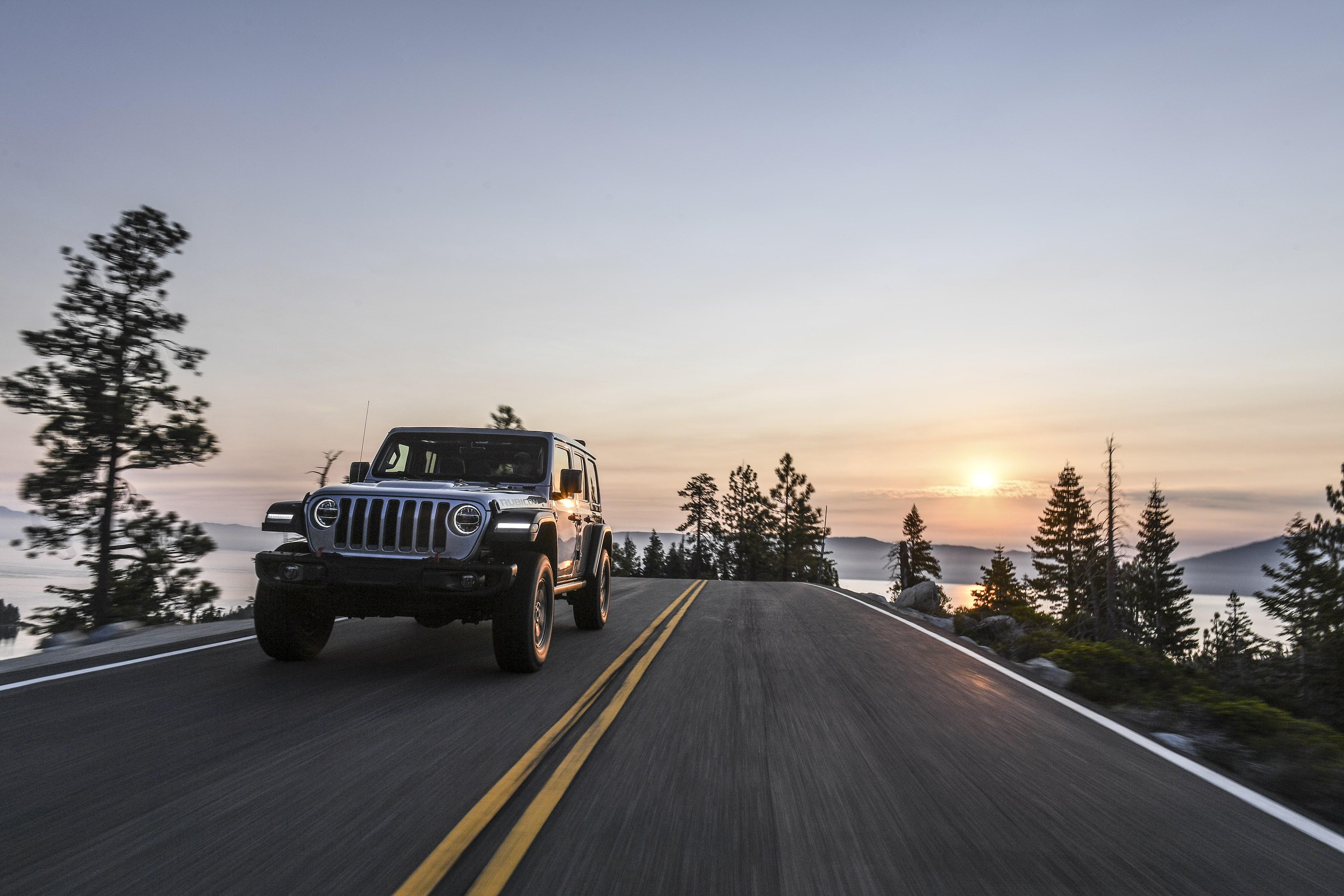 Jeep Wrangler Rubicon foi feito para encarar as principais trilhas de off-road do mundo