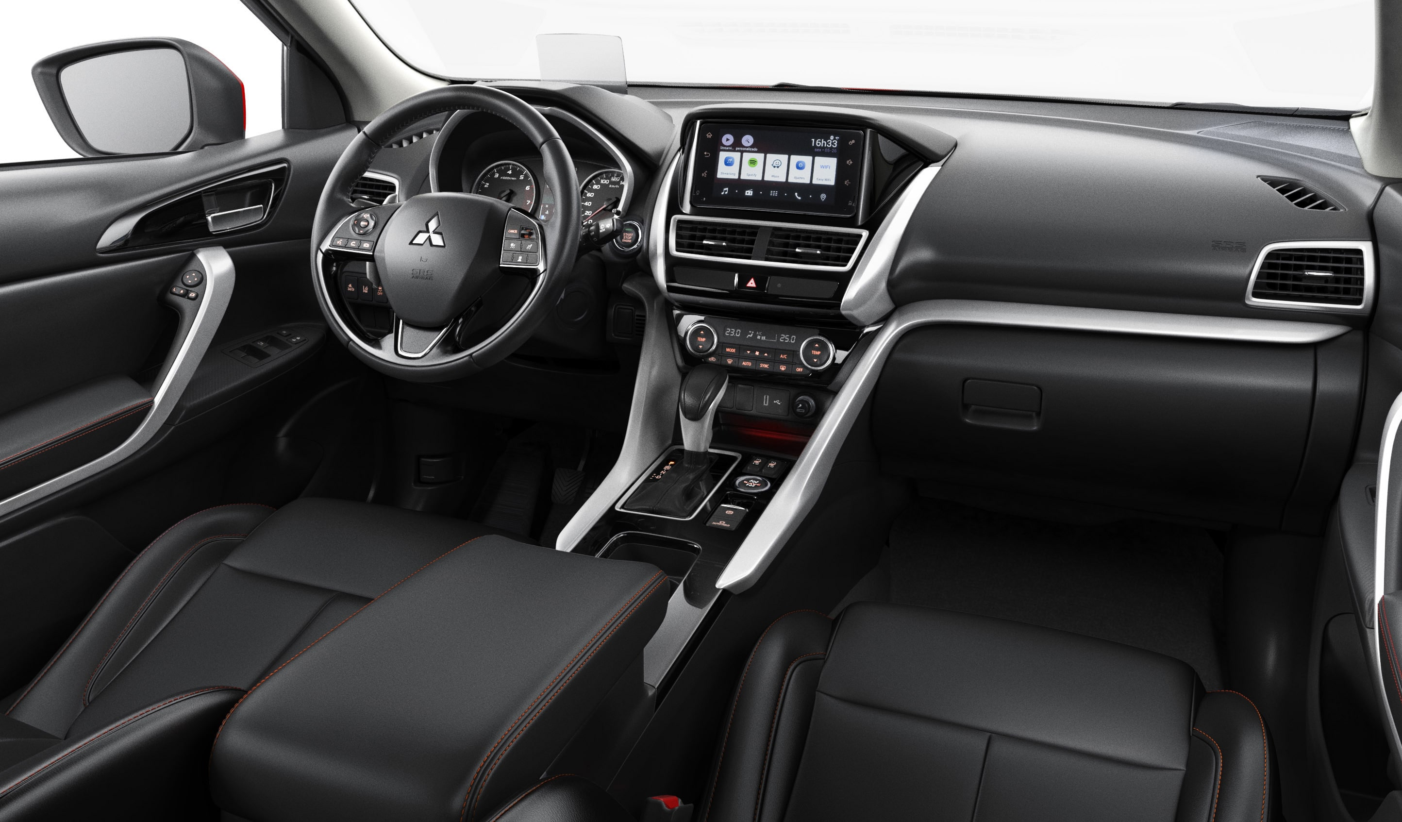Interior do Mitsubishi Eclipse Cross chama atenção pelo espaço e qualidade do acabamento