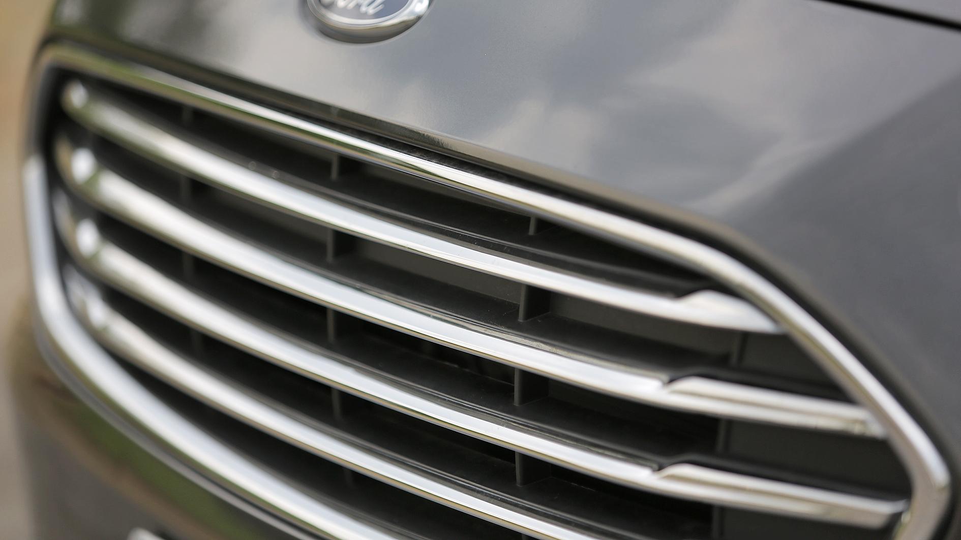 Ford Ka Sedan Titanium 1.5 Flex Automático