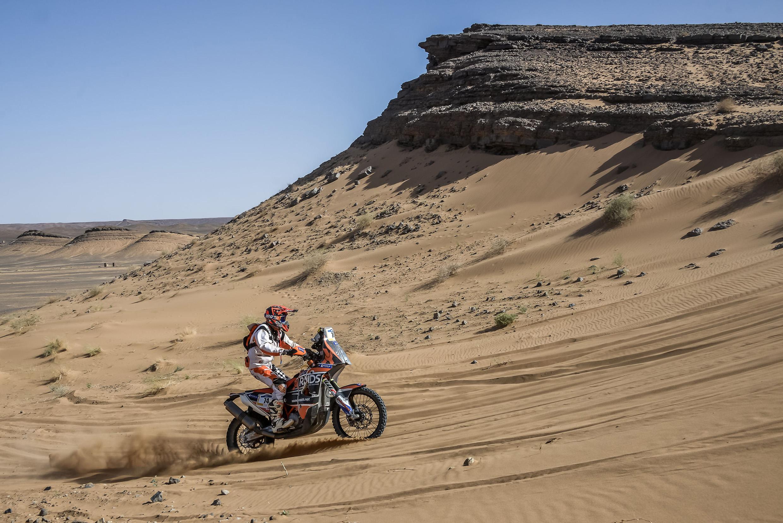 Preparação física foi fundamental para Lincoln, aos 60 anos, vencer as dunas no Marrocos
