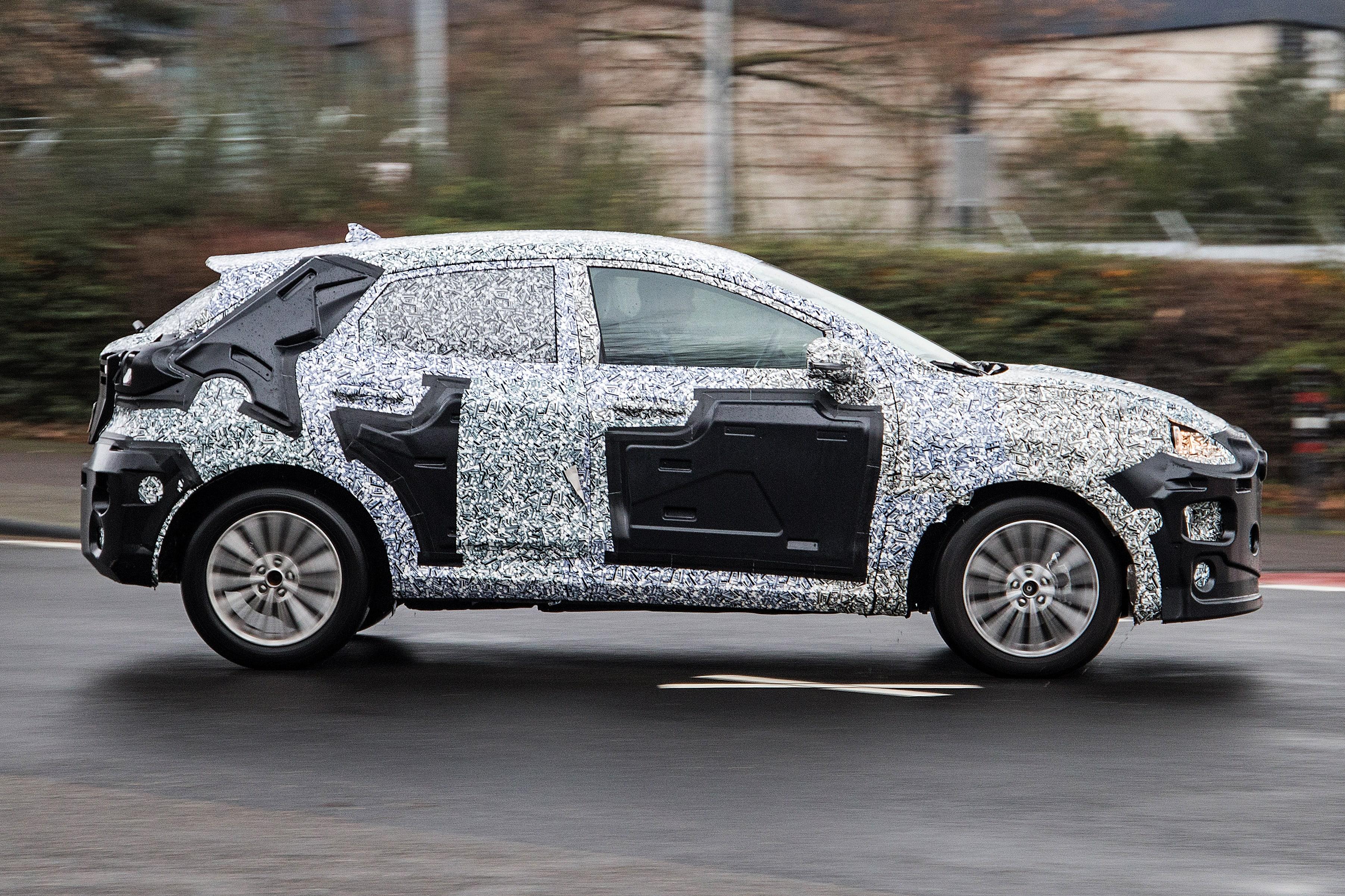 Novo SUV compacto da Ford é montado na plataforma do Fiesta e não tem estepe na tampa do porta-malas