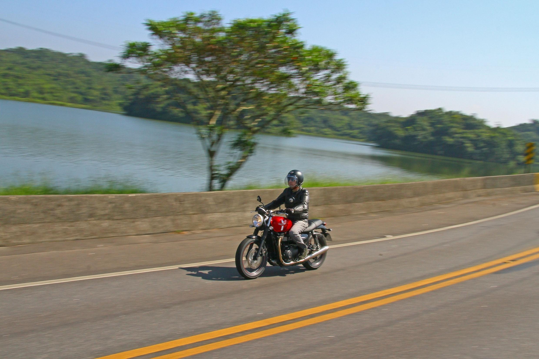 Dicas de alugar uma moto para viajar