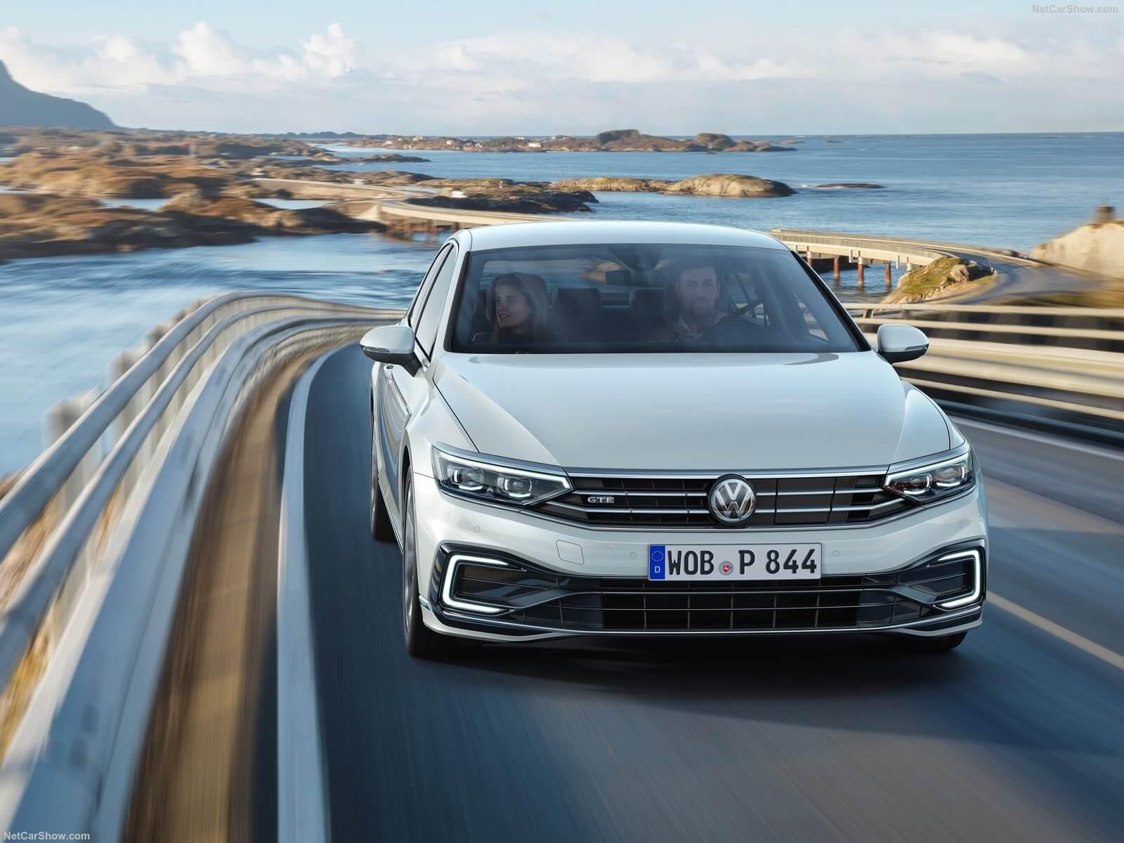 Volkswagen Passat Gte 2020 1600 05