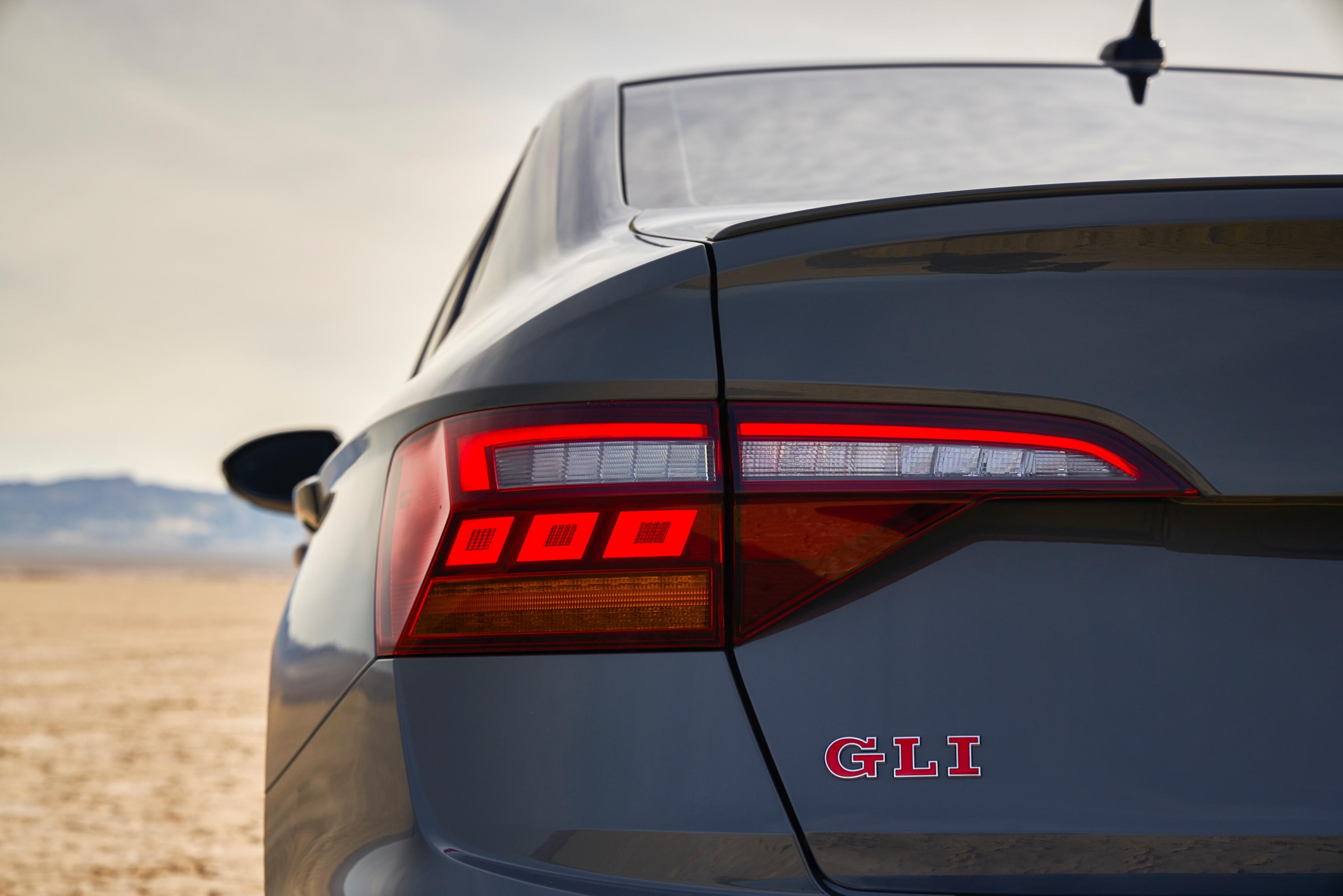 2019 Volkswagen Jetta Gli Large 9377