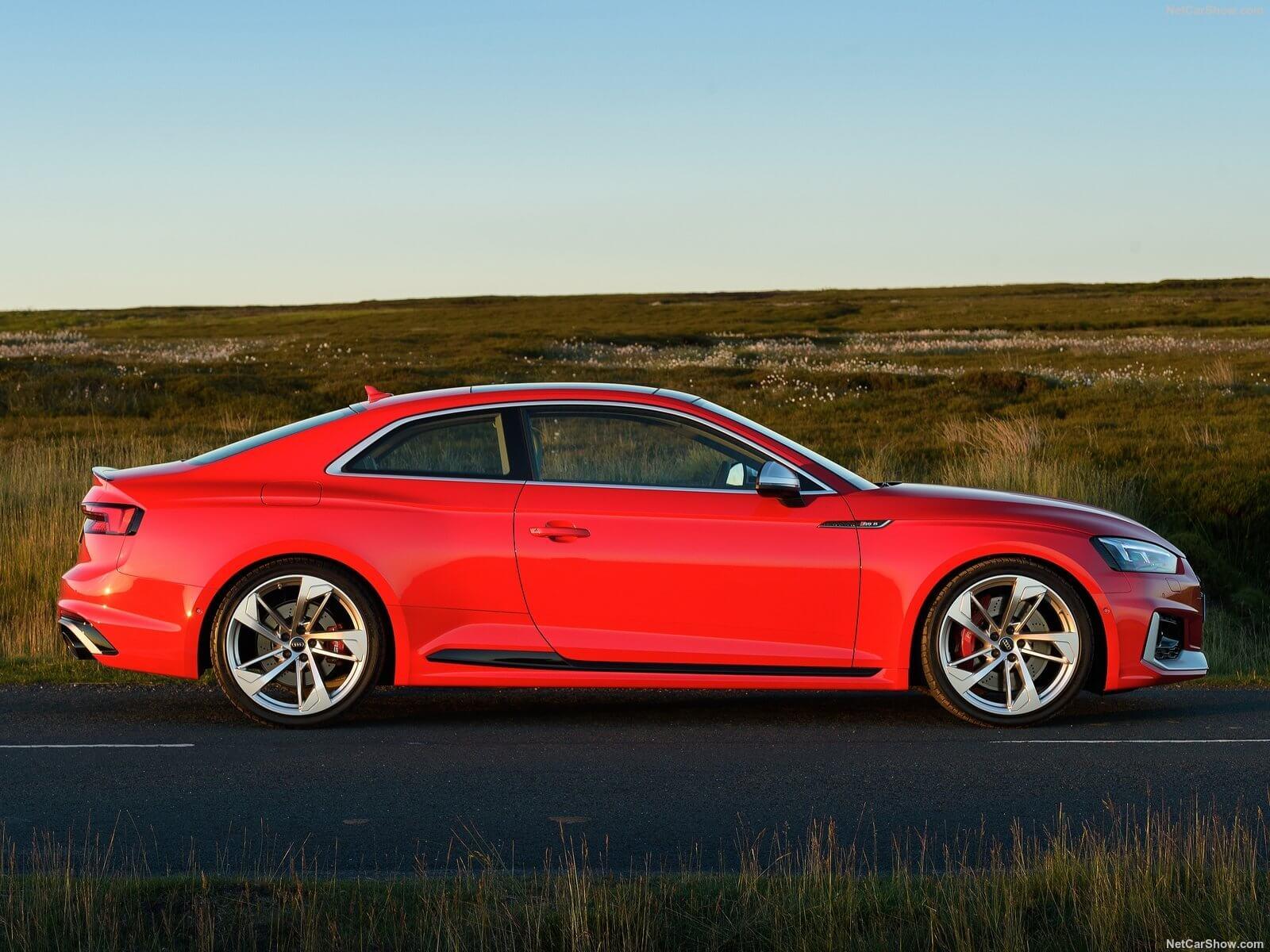 Audi RS5 Sportback (quatro portas) também está confirmado par ao Brasil
