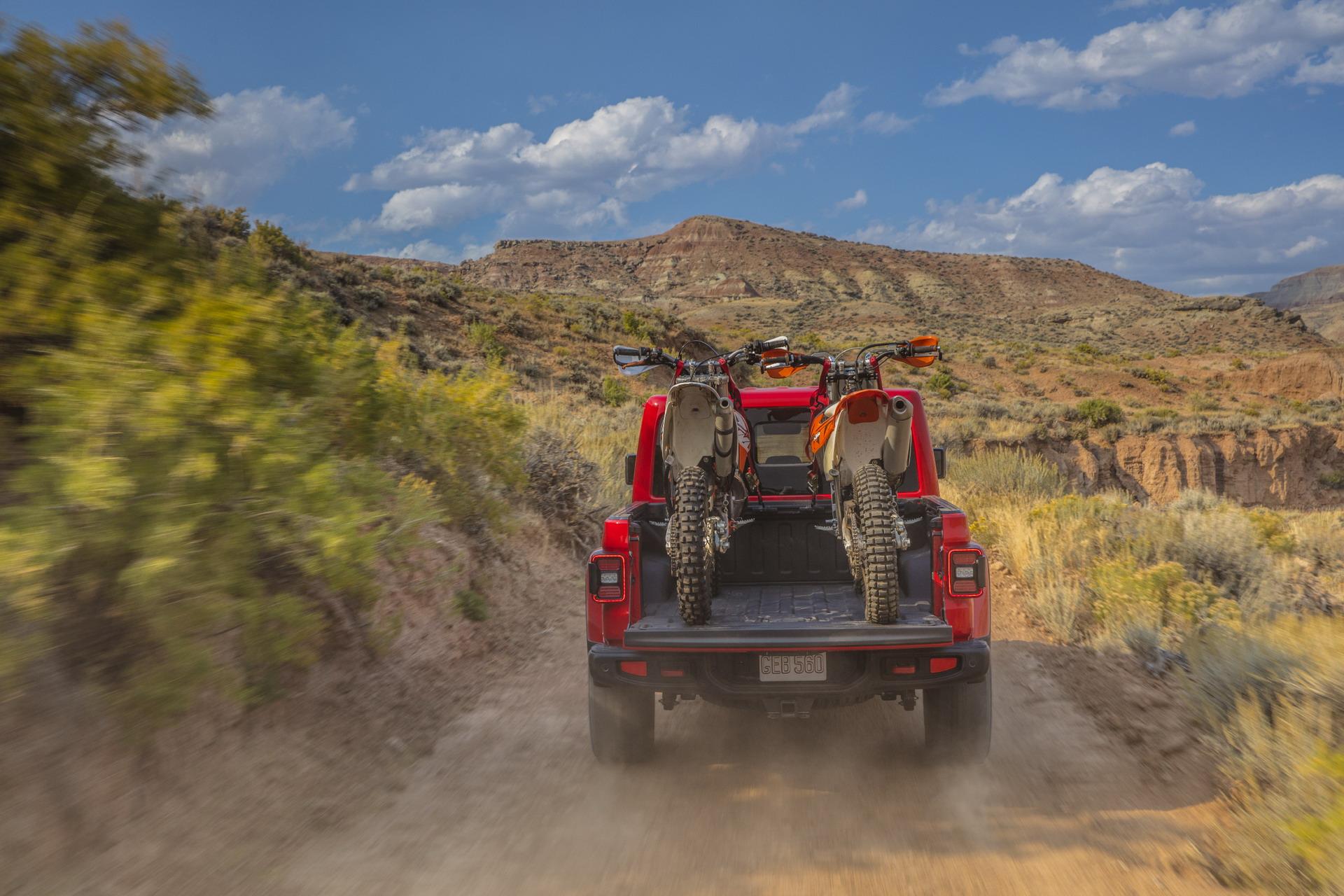 F7f0ba01 2020 Jeep Gladiator Truck 83