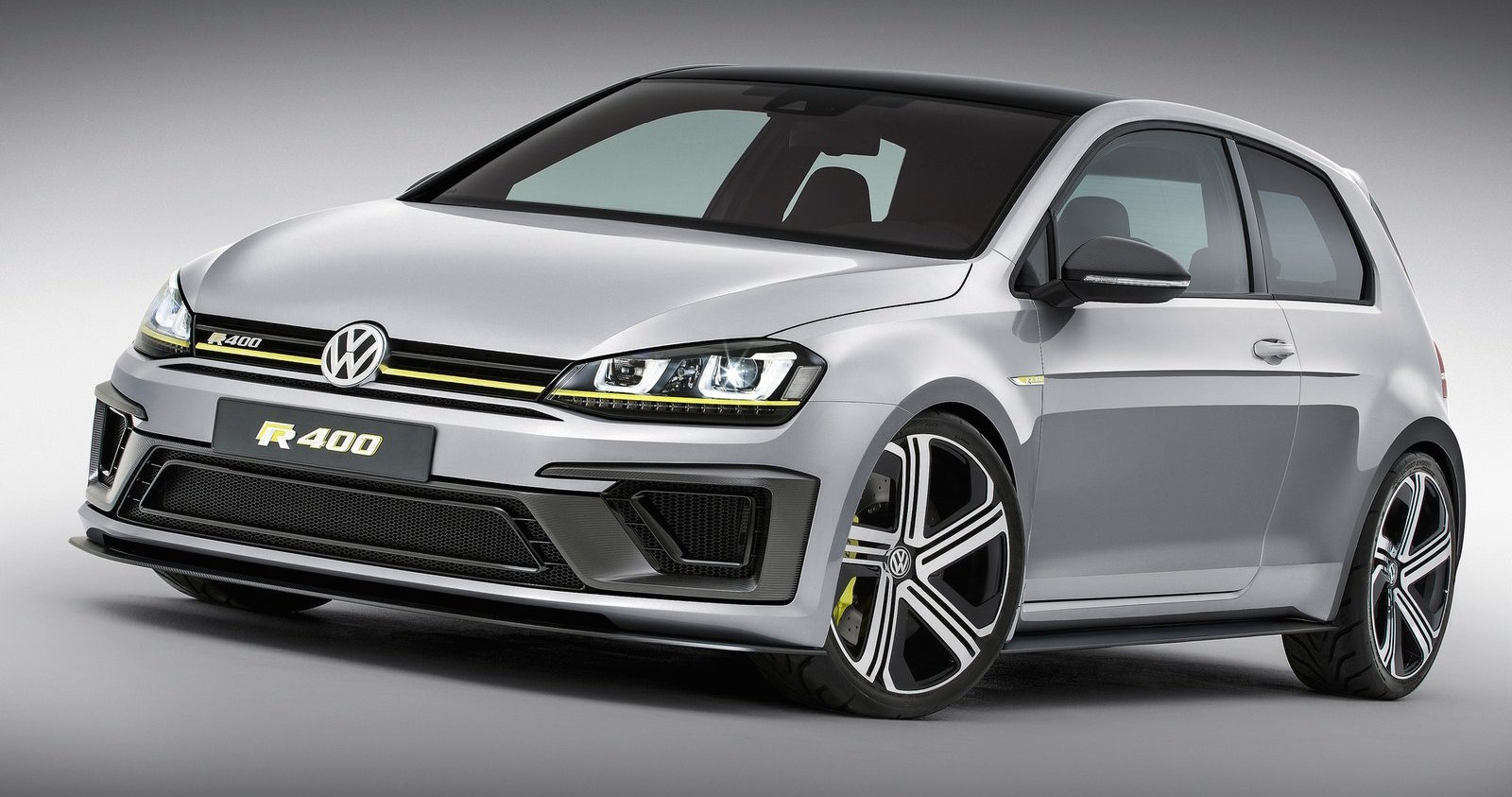 Volkswagen Golf R400 Concept 1