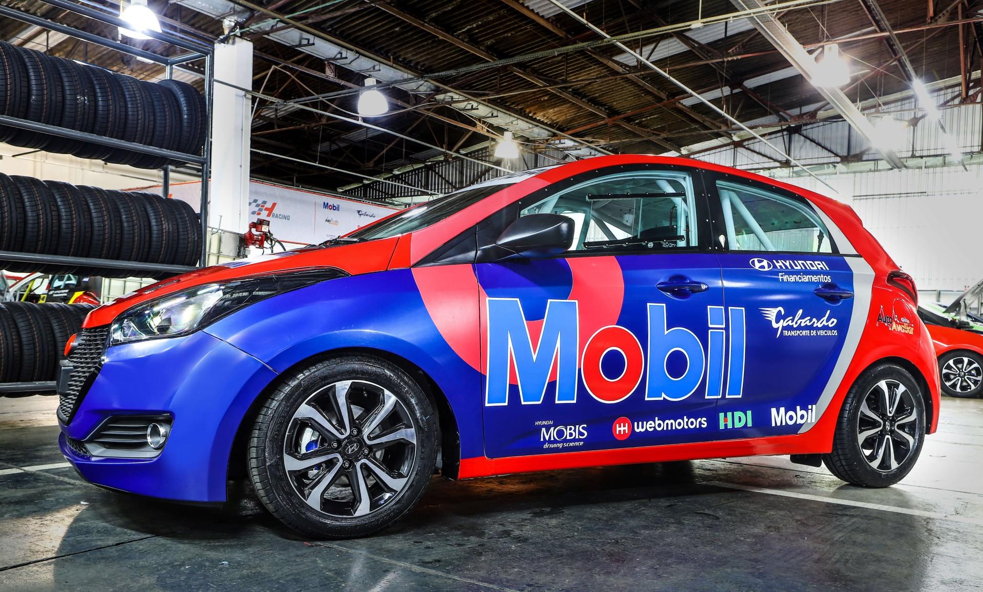 Webmotors é uma das empresas que apoia a nova categoria do automobilismo brasileiro