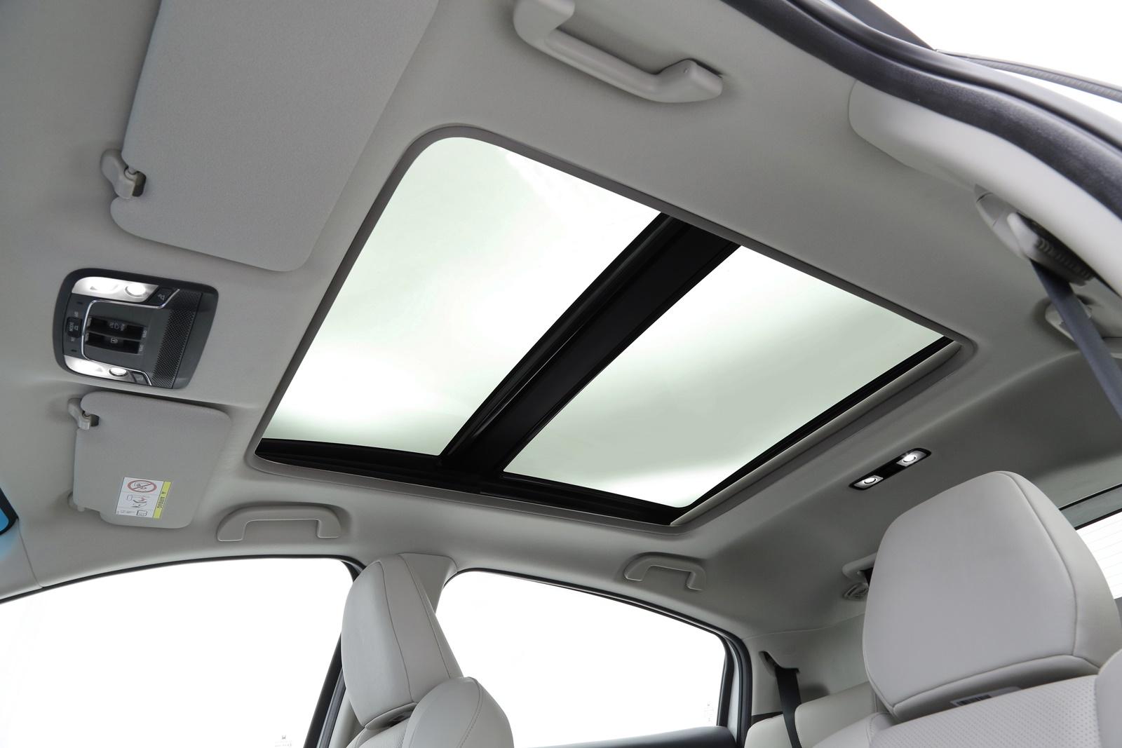 Honda HR-V Touring terá teto solar