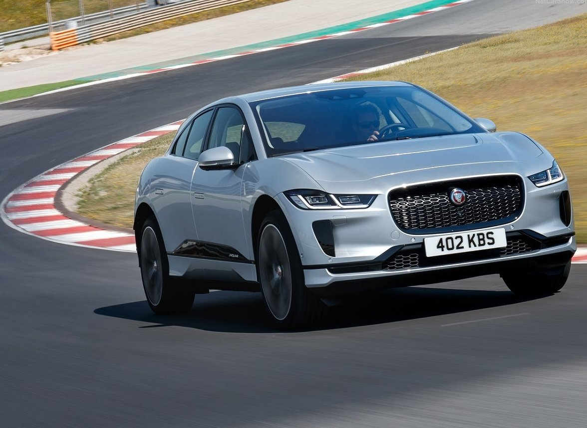 Jaguar i-Pace é o carro elétrico mais caro do Brasil. E também o que vai mais longe com uma carga