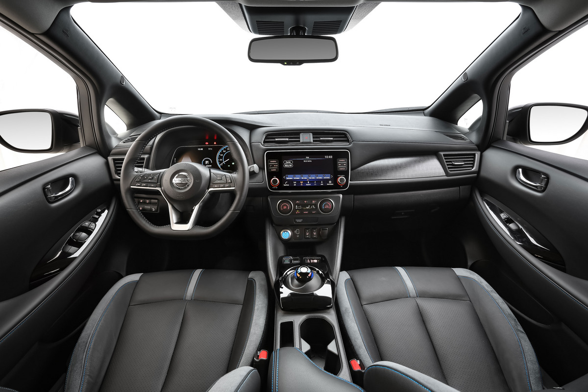 Interior do novo Nissan LEAF adota materiais de qualidade superior e apresenta excelente montagem