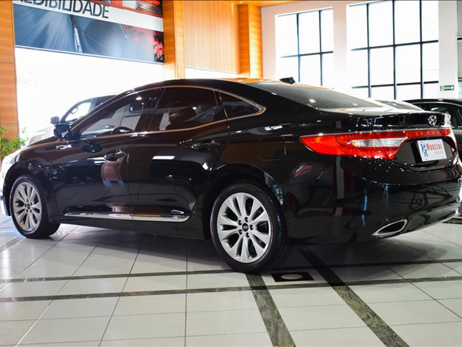 Hyundai Azera 3.0 Mpfi Gls V6 24v Gasolina 4p Automatico Wmimagem16345169215