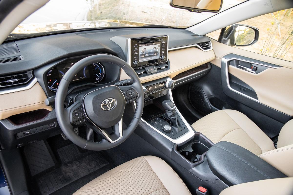Novo Toyota RAV4 segue a linha dos demais modelos da marca japonesa