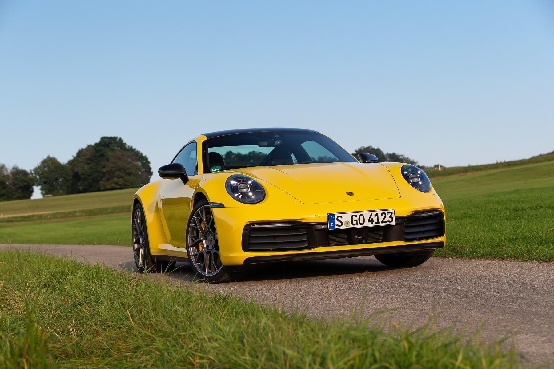 Porsche 911 Carrera 7