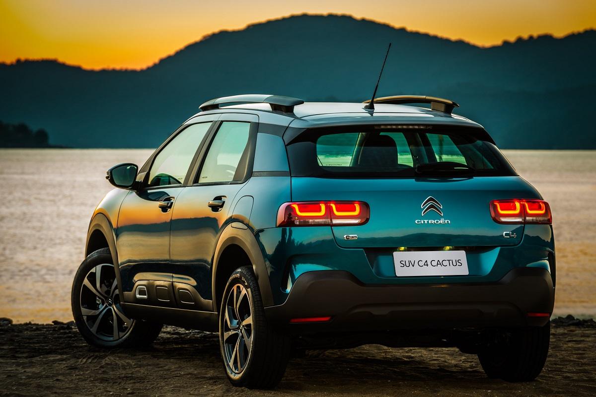 Novo SUV Citroën C4 Cactus também traz de série o Alerta de Saída de Faixa
