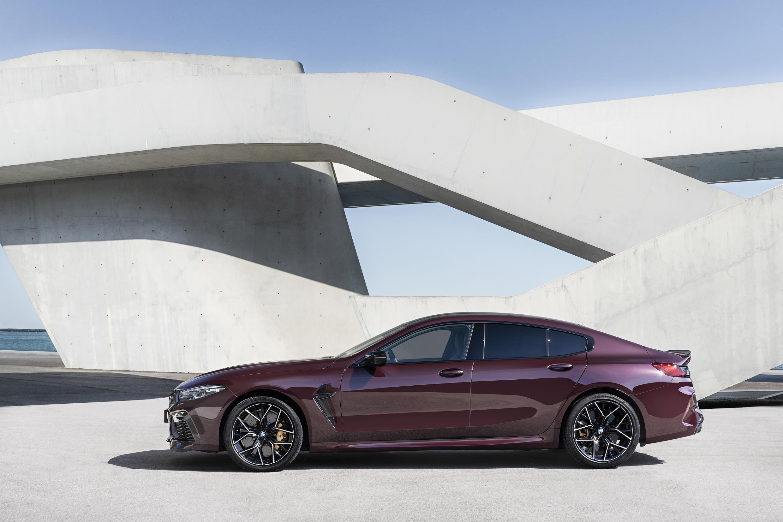 BMW M8 Gran Coupe tem desenho moderno agressivo
