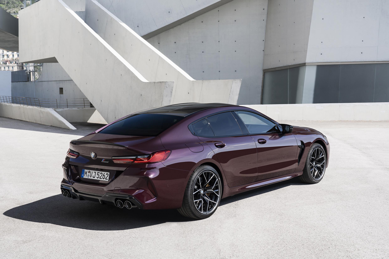 BMW M8 Gran Coupe é equipado com motor V8 biturbo