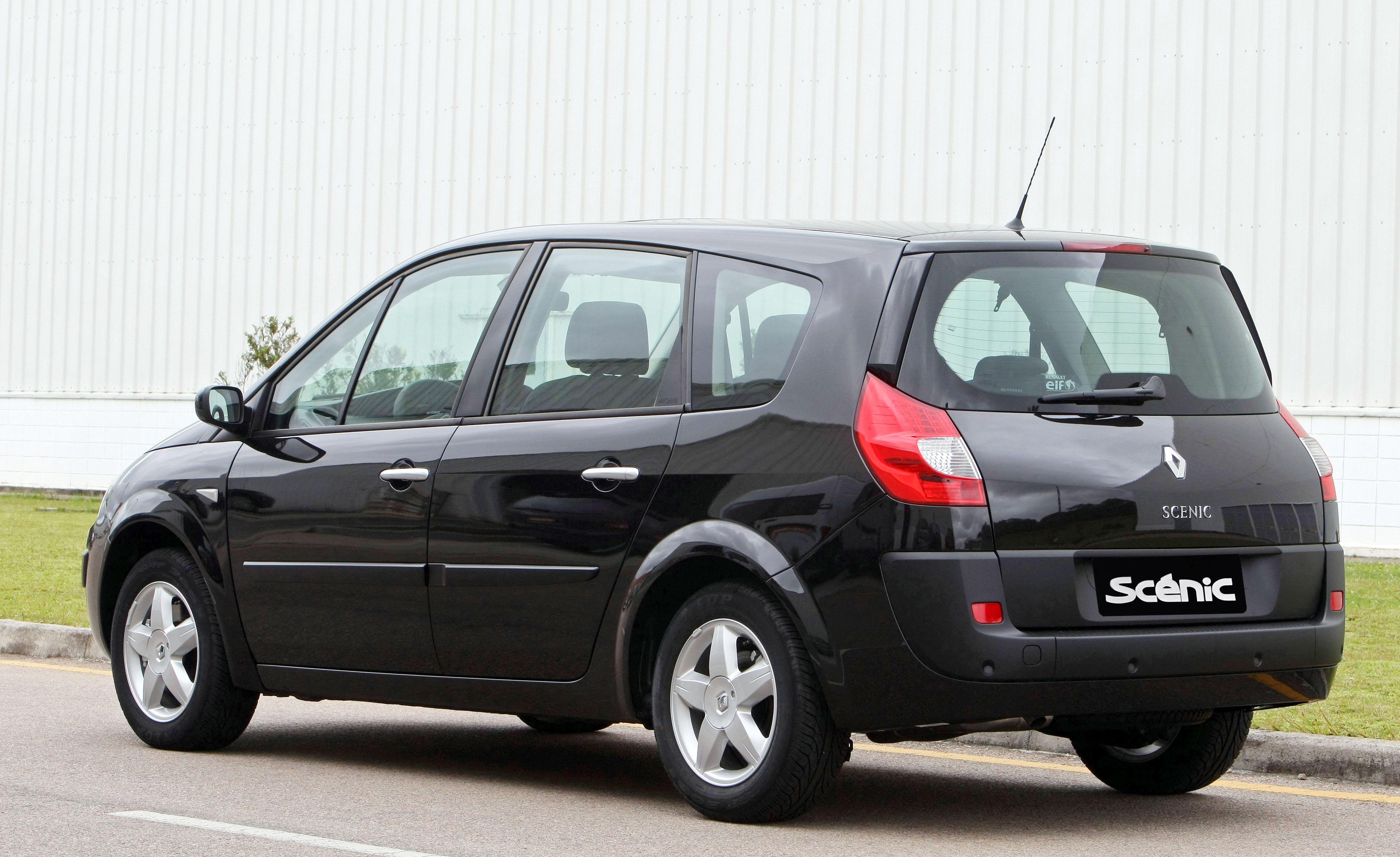 Renault Grand Scénic preta de traseira